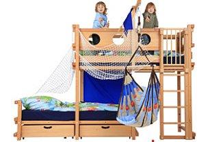 ein hochbett f r das kinderzimmer. Black Bedroom Furniture Sets. Home Design Ideas