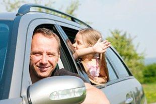 Vater Tochter Urlaub Auto