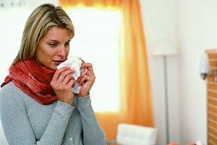 Frau Erkältung Schnupfen