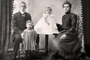 Ahnenforschung Familienfoto