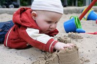 Baby Sandkasten Schmutz
