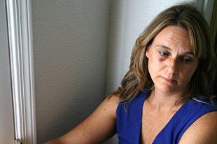 Frau Opfer Gewalt