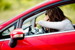 Frau Autofahren Angst