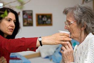 Frau Mutter Pflegeheim