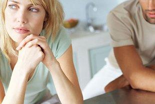 Paar Frau traurig Teaser