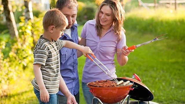Grillen sicher Kinder Slider