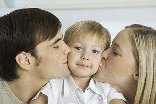 Kind erzieht Eltern