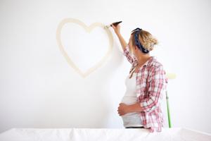 Schwangere Vorbereitung Babyzimmer