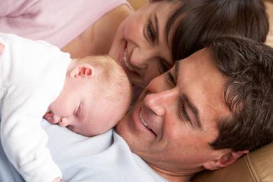 Eltern Baby glücklich