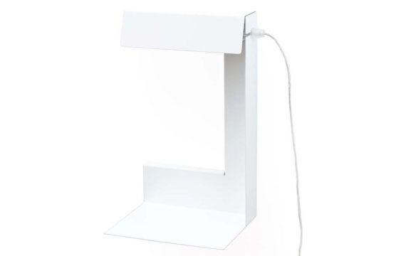 sch ne lampen licht an im kinderzimmer. Black Bedroom Furniture Sets. Home Design Ideas