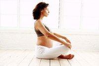 Schwangere Schneidersitz