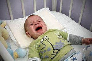 Baby weinend Gitterbett