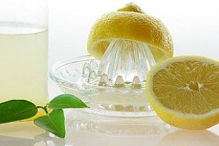 Zitronen auspressen