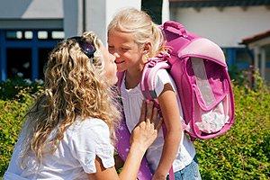 Mutter Schulkind Abschied