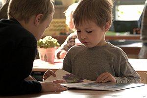 Jungen Bücher Lesen