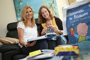 Jugendamt Willkommensbesuch Neugeborenes
