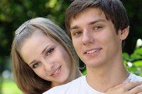 Teenager Junge Mädchen verliebt