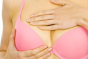 verschieden große brüste