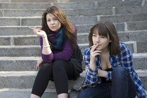 Teenager rauchend