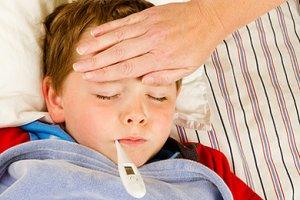 Junge mit Fieber