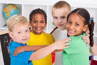 Kinder verschiedener Nationalitäten