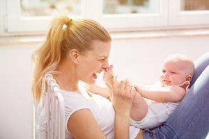 Frau Baby Glücklich