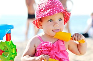 Baby Urlaub Strand