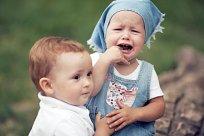 Kinder streit beißen