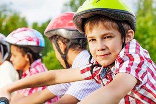 Kind Fahrradfahren lernen