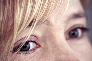 Augen Frau weint pantherHans Peter Naundorf