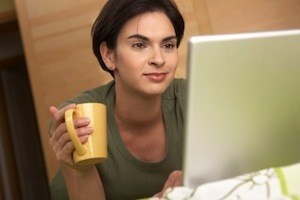 Frau Bett Computer