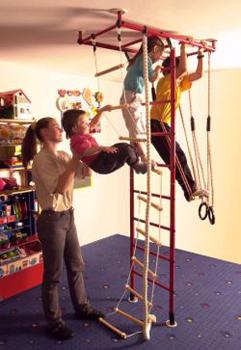 Klettergerüst fürs Kinderzimmer
