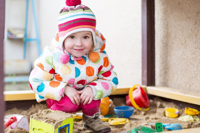 Elterninitiative Kind Sandkasten