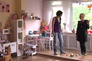 wie bringen wir ordnung ins kinderzimmer. Black Bedroom Furniture Sets. Home Design Ideas