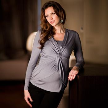 Feminines Shirt für Schwangerschaft und Stillzeit