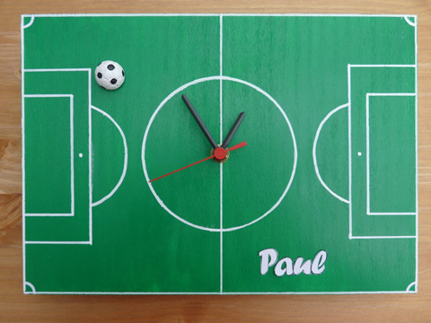 Fußball-Uhr von li-ya