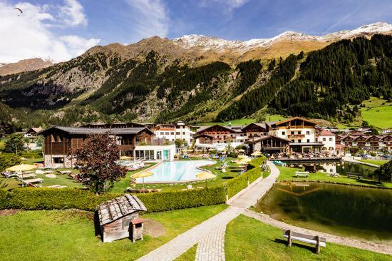 Familien-Kurzurlaub im Südtiroler Hotel Schneeberg